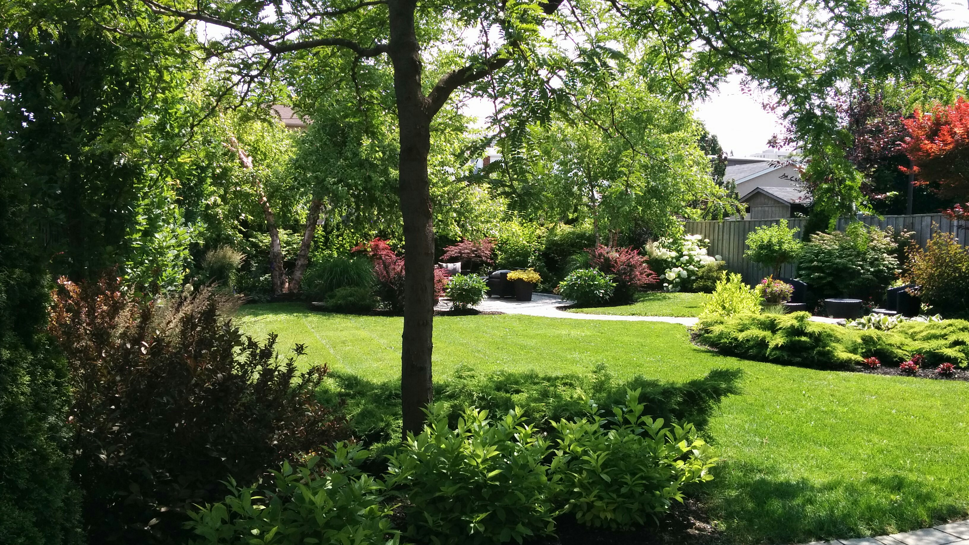 Customer service gardenzilla midtown toronto for Cleaning and gardening services